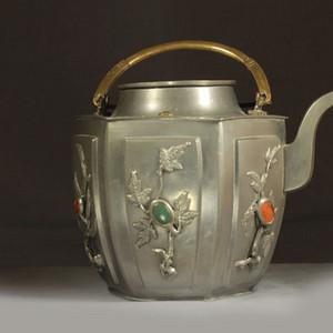 民国白铜镶嵌宝石提梁茶壶