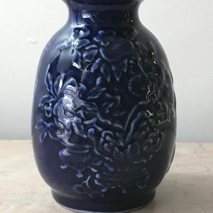 7025 民国蓝釉灯笼瓶