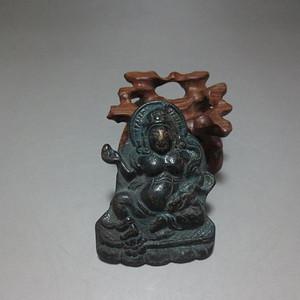 青铜老佛像