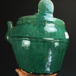 暴老绿釉瓷器提梁壶