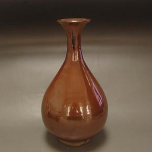 酱红釉玉壶春瓶
