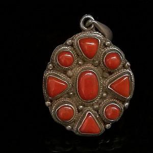 尼泊尔西藏925银镶嵌老陌陌shanhu吊坠