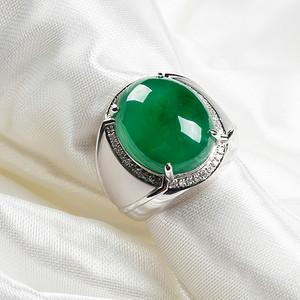 18k金伴钻冰润满绿蛋型男士戒指