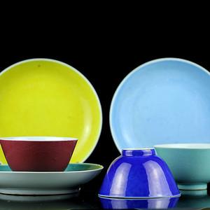 9.清色釉碗碟一组