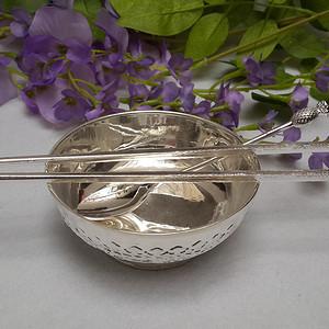 银碗银筷银勺三件套草花纹小碗三件套