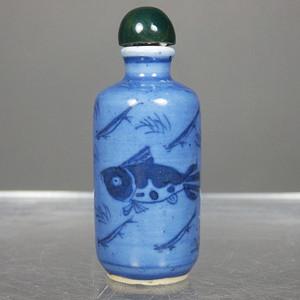 清代蓝上加蓝鱼藻图绘画鼻烟壶