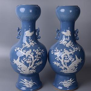 欧洲回流蓝釉堆白花鸟大瓶一对