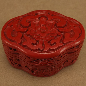 美国回流铜胎剔红漆器盒