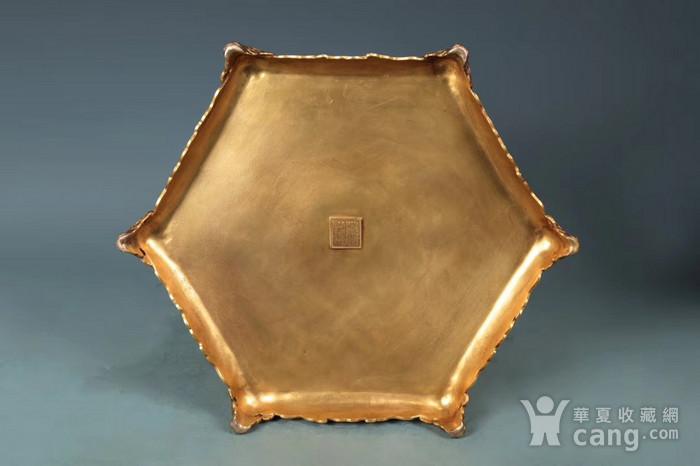 清 精铸铜胎福寿龙纹香亭 垂恩香筒 一对图9