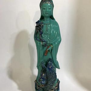 已售出本金绿松石釉描金滴水观音塑像