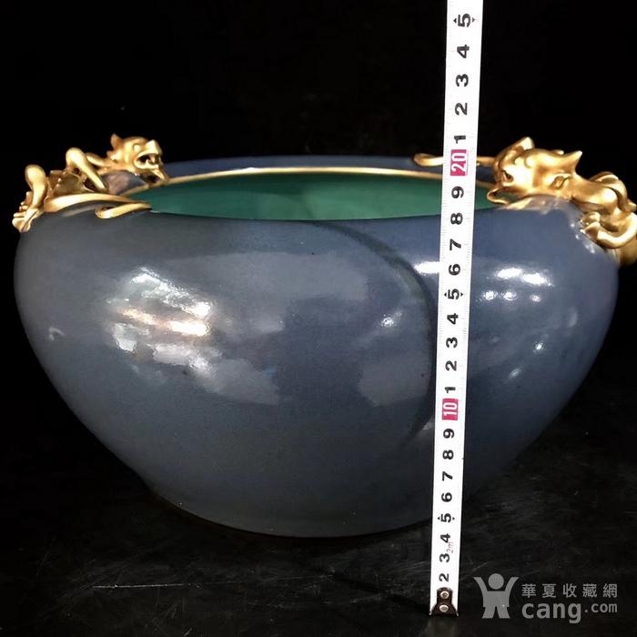 本金单色釉霁蓝釉盘龙笔洗图8