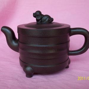 现代三足炉紫砂壶