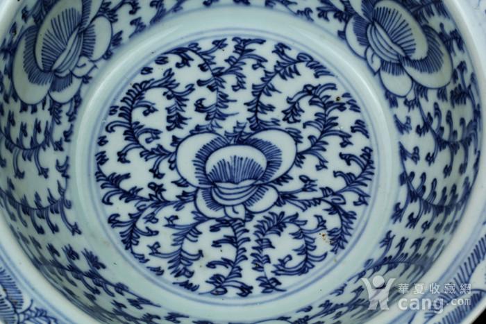 24清中期青花缠枝纹面盆图7
