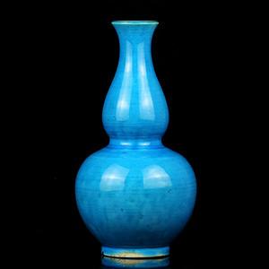 28清早期孔雀蓝釉葫芦瓶