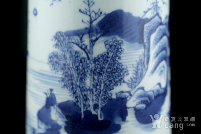35清康熙青花通景山水人物纹笔筒图5