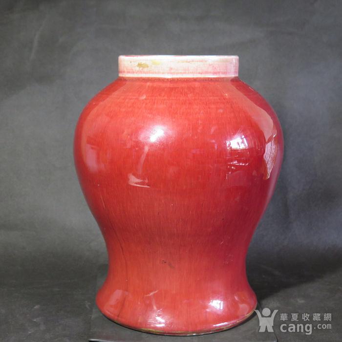 清代红釉将军罐图1