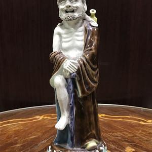 9043 民国铁拐李瓷雕