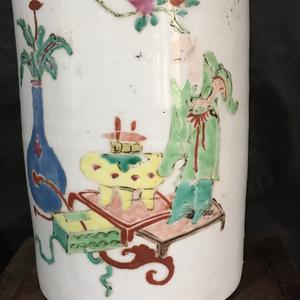 雍正粉彩精品博古纹大茶叶罐
