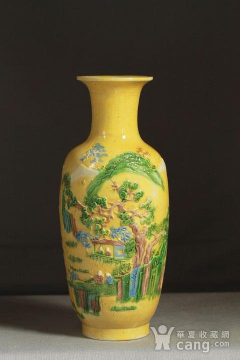 晚清黄釉雕瓷瓶观音尊两件图2