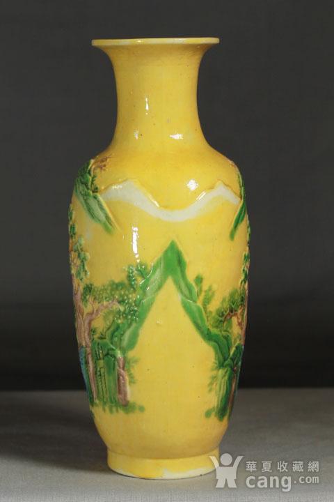 晚清黄釉雕瓷瓶观音尊两件图3