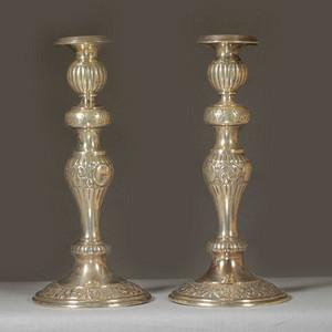 19世纪纯银精美刻花烛台