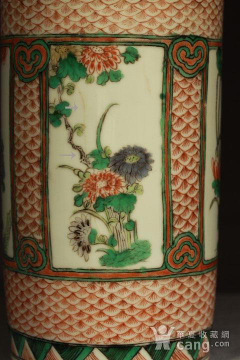 清早期五彩开光四季花卉纹筒瓶图5