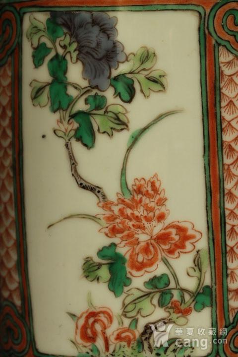 清早期五彩开光四季花卉纹筒瓶图6