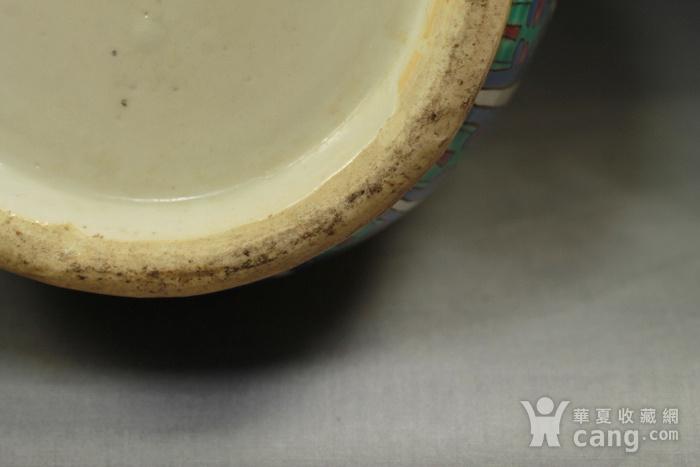 清代 黄地五彩寿字纹棒槌瓶一对带木座图11