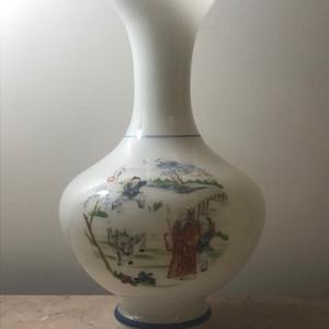 9071 创汇期彩绘琉璃赏瓶