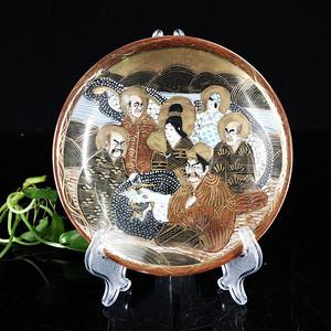 明治时期錦地粉彩人物绘画盘