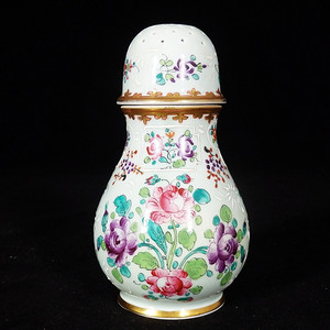 乾隆粉彩花卉绘画调料罐