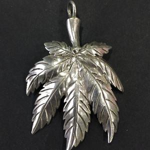 8016欧洲回流枫叶造型925银坠子