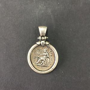 8023欧洲回流老银币坠子