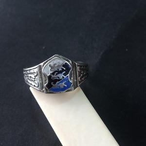 8027欧洲回流银珐琅族徽款戒指