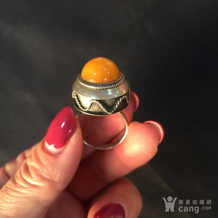 8060欧洲回流白铜镶嵌蜜蜡戒指图3