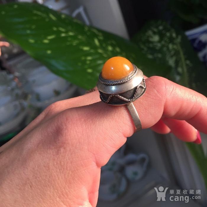 8060欧洲回流白铜镶嵌蜜蜡戒指图8