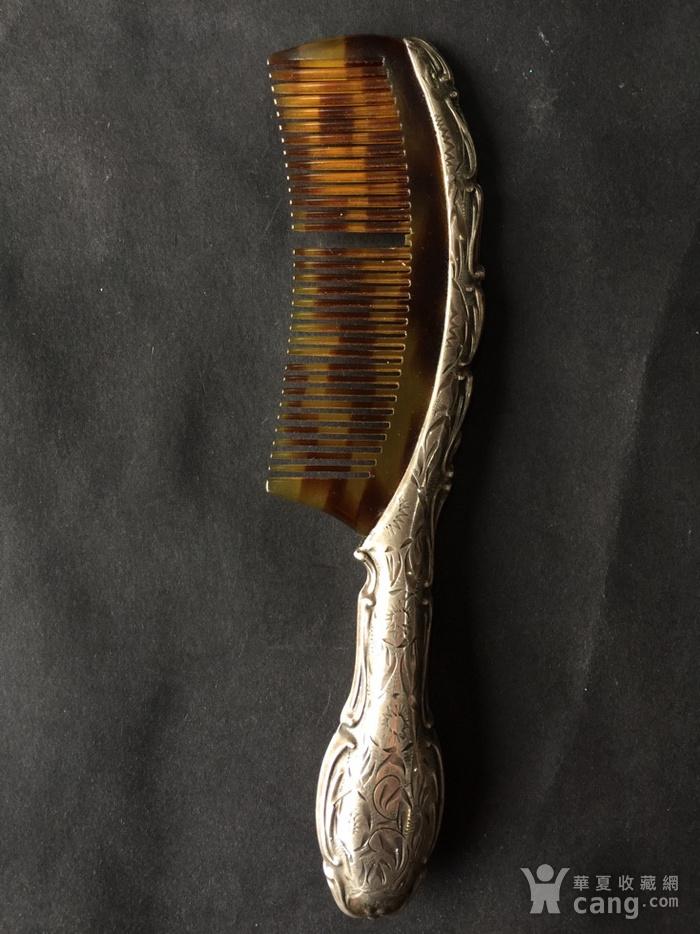 8073欧洲回流錾刻工艺银玳瑁梳子图2