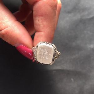 8074欧洲回流带族徽款银戒指