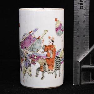 景德镇老瓷器厂粉彩笔筒