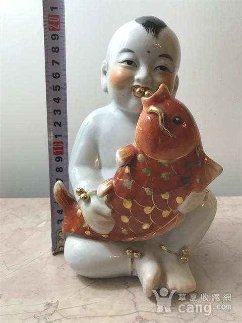 7536 建国初瓷雕童子执鱼图8