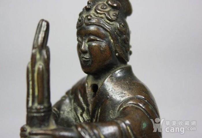 铜奏乐女俑造像图6