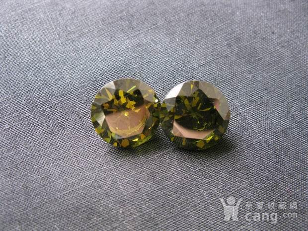 榄绿宝石钻戒图5