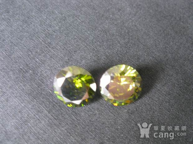 榄绿宝石钻戒图2