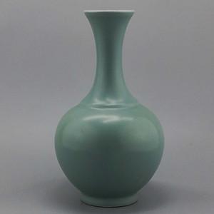 单色釉豆青釉尚瓶