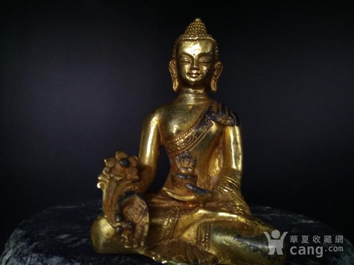 清代 鎏金释迦牟尼佛造像图1