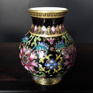 海外回流 粉彩描金花卉纹瓶