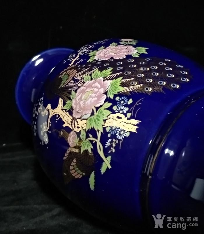 英国回流的蓝釉加彩描金瓶图6