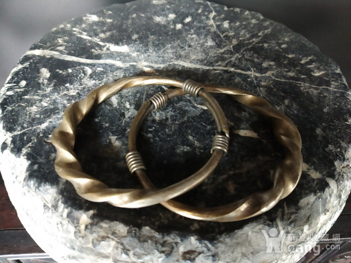清代 绳纹银饰手镯图1