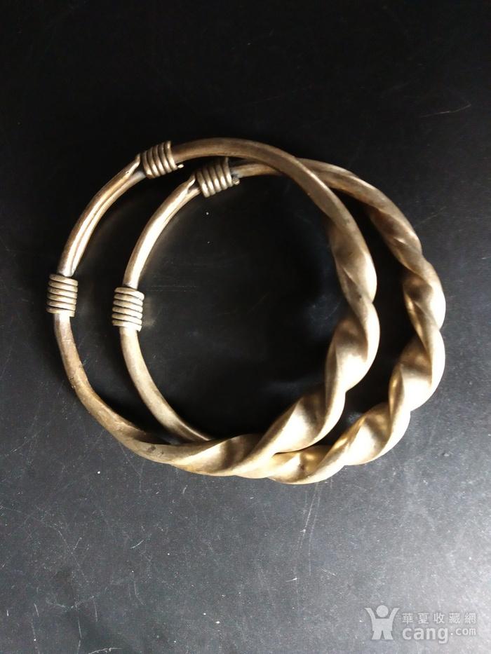 清代 绳纹银饰手镯图2