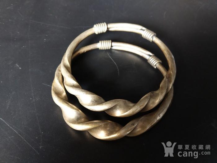 清代 绳纹银饰手镯图3